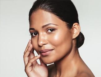 Hot wax lip treatment - smooth skin